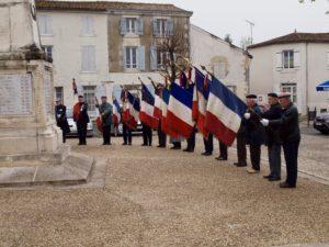 CEREMONIE DU 114eme RI @ PLACE DE LA MAIRIE | Courçon | Nouvelle-Aquitaine | France